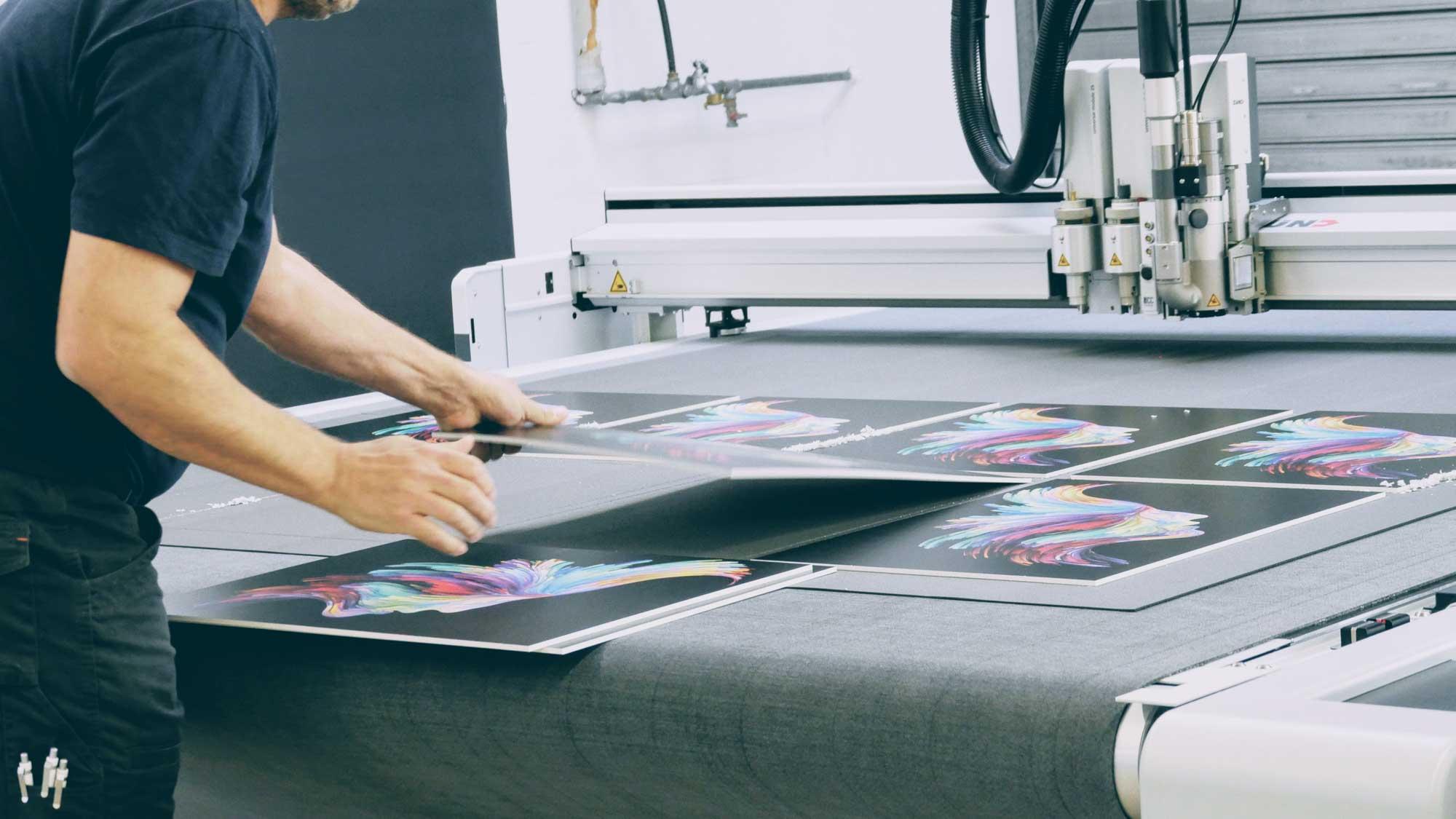 R-Color - Ihre Druckerei für Digitaldruck, Siebdruck und Werbetechnik